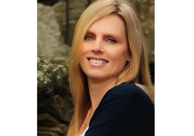 Julie Aydlott